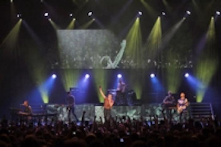Content Dam Leds En Ugc 2013 04 Xl Video Supplies Led Lighting For Fun S Hammersmith Apollo Show Leftcolumn Article Thumbnailimage File
