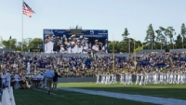 Content Dam Leds En Ugc 2013 12 Daktronics Led Display And Equipment Entertains Fans At College Bowl Venues Leftcolumn Article Thumbnailimage File