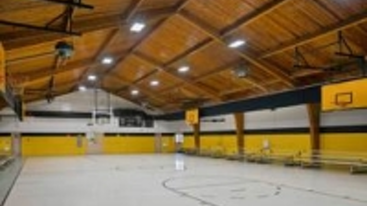 Content Dam Leds En Ugc 2013 12 North Carolina School District Refreshes Gymnasium With Led Lighting From Acuity Brands Leftcolumn Article Thumbnailimage File