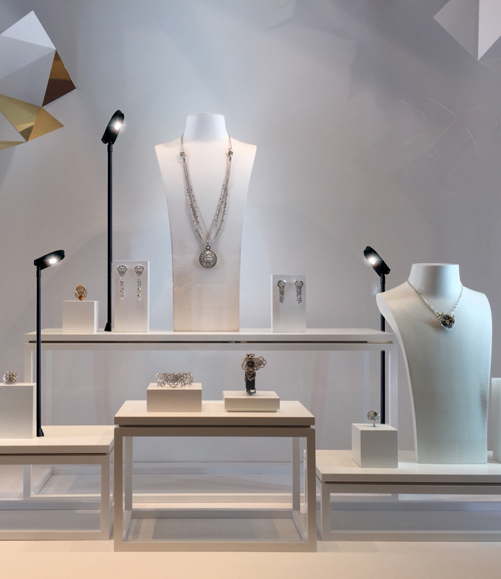 Lumibright Task Lights For Enhancing Commercial Display Leds Magazine